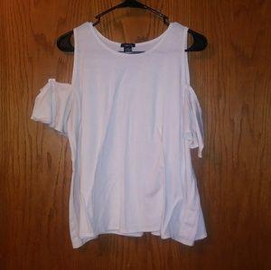 Off-the-shoulder White Shirt